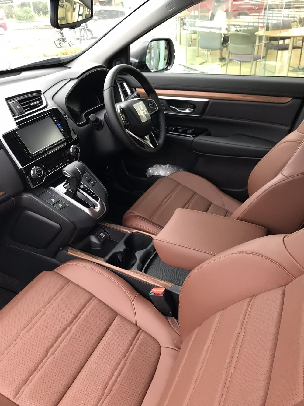 助手席と運転席